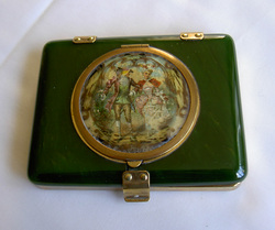 Bakelite combination compact/vanity case, Compact Clinic, Geoff Craven, Powder Compact Repairs, restoration, Vintage Powder Compacts, Repair, Restoration, Mirror, Hinge, Catch, Re-Lacquering, Re-Silvering, Stratton, Kigu, Collectors, Vanity, dealers, Geoff Craven, Margaret Craven, Workshop, The Compact Clinic, art deco, Antique Fairs, broken mirrors, damaged hinges