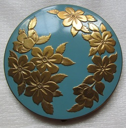Jungle design Powder Compact, Rita Hayworth, Joan Crawford, Compact Clinic, Geoff Craven, Powder Compact Repairs, restoration, Vintage Powder Compacts, Repair, Restoration, Mirror, Hinge, Catch, Re-Lacquering, Re-Silvering, Stratton, Kigu, Collectors, Vanity, dealers, Geoff Craven, Margaret Craven, Workshop, The Compact Clinic, art deco, Antique Fairs, broken mirrors, damaged hinges